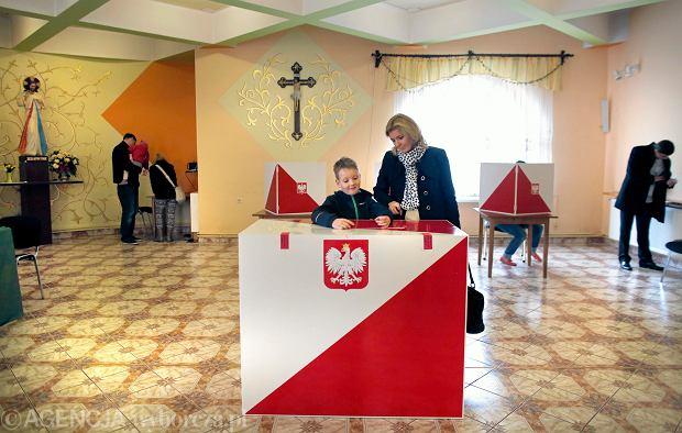 Wybory 2018. Zmiana kształtu okręgów wyborczych w Warszawie wywołała spór