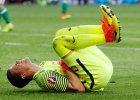 Euro 2016. Wojciech Szcz�sny ma silnie st�uczone udo. Jedzie na badania