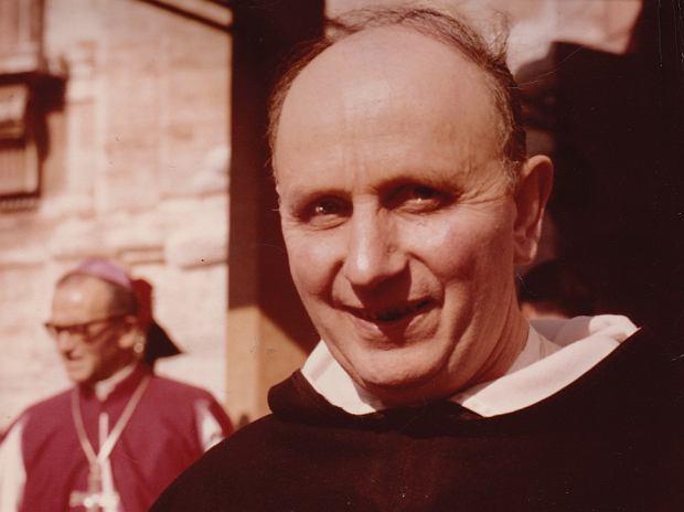 Congar: - Kościół nie jest już zainteresowany w badaniu prawdy.  Jest pewny swego, administruje, rządzi, dyryguje, zarządza, tworzy prawo.  Stał się autorytarny