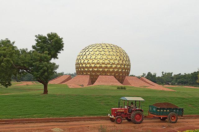 Indyjskie Auroville. Świątynia Matki