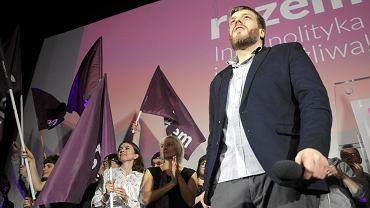 Członkowie partii Razem podczas wieczoru wyborczego 25 października 2015 r.
