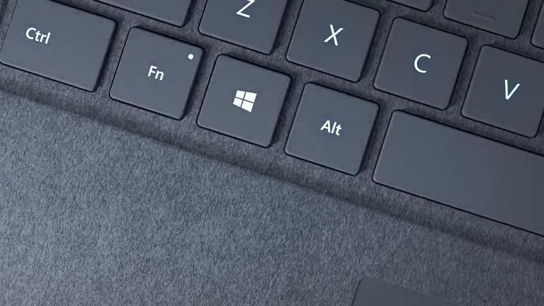 Microsoft prezentuje Windows 10 S i Surface Laptop