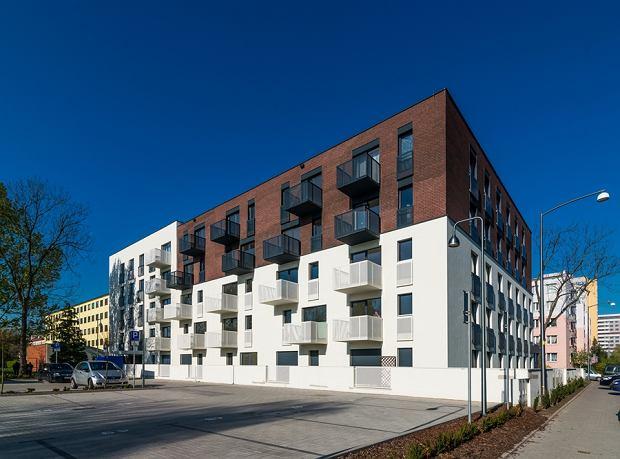 Wroc Awski Budynek Patio House Wyr Niony W Konkursie