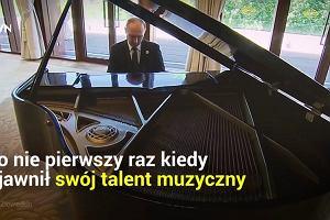 Jeździ konno, gra na fortepianie, ma czarny pas w judo. Władimir Putin chwali się swoimi talentami