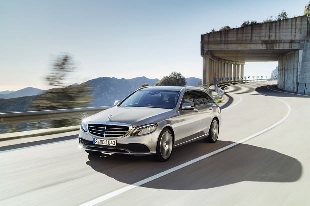 Nowy Mercedes Klasy C (2018) - premiera. Dużo Klasy S w klasie średniej