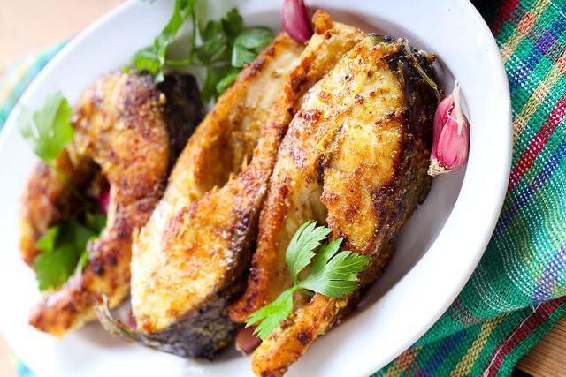 Karp to najpopularniejsza w Polsce ryba wigilijna. Chociaż słodkowodna, ma wiele cennych zalet
