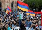 Rewolucja w Armenii. Parlament nie wybrał lidera opozycji na premiera. Ten wzywa do strajku generalnego