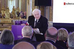 Jaki prezent od powstańców warszawskich otrzymała prezes SN prof. M. Gersdorf?