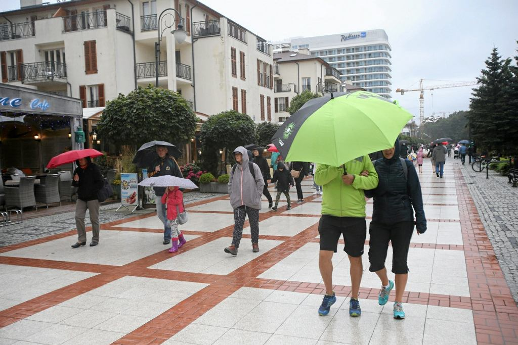 Pogoda na czwartek: wszędzie spadnie deszcz, miejscami ulewny