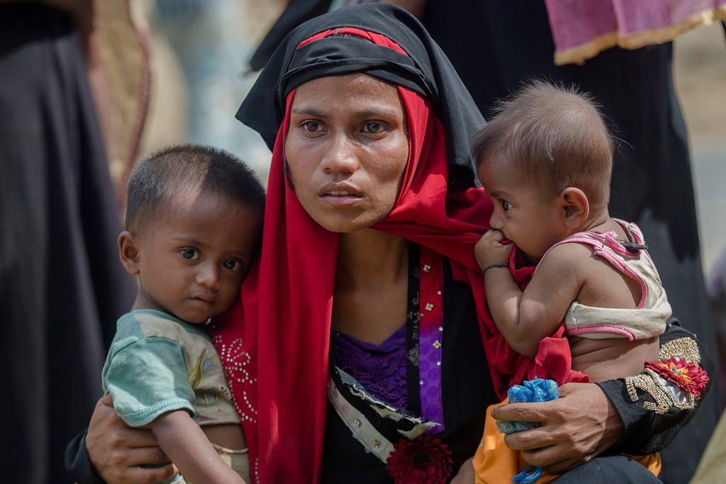 Uchodźcy Rohindża w obozach w Bangladeszu