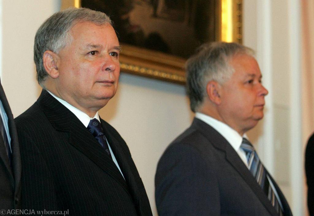 Jarosław i Lech Kaczyńscy, 13 sierpnia 2007 r.