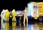 Ebola w Hiszpanii. Piel�gniarka jest pierwsz� osob� zara�on� poza Afryk�