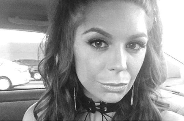 Nie żyje kolejna gwiazda porno. Zmarła 23-letnia Olivia Lua. Prawdopodobnie przedawkowała narkotyki i alkohol.
