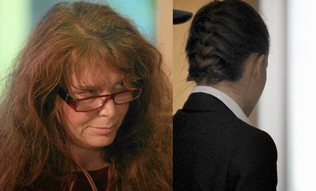 Ewa Siedlecka i Katarzyna W. opuszczająca salę sądową