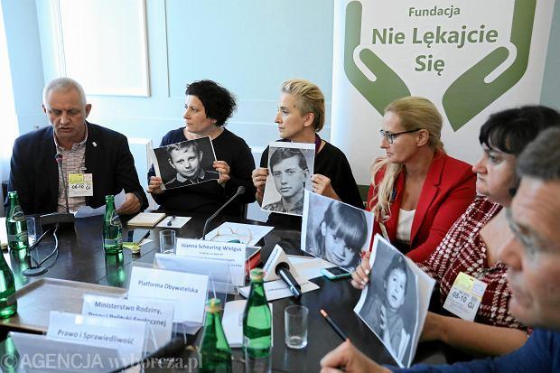 Zdjęcie numer 4 w galerii - Abp Gądecki chce rozmawiać z ofiarami księży. Lisiński: Każdy telefon z kurii rozpoczyna się od