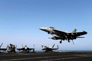 Pa�stwo Islamskie realnym zagro�eniem. USA rozwa�aj� naloty na d�ihadyst�w w Syrii