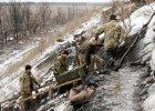 Fikcja pokoju w Donbasie. Ukraina coraz wi�cej wydaje na wojn�
