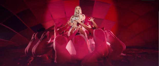 Amerykańska wokalistka zaprezentowała światu nowe utwory, a także zapowiedziała premierę swojego kolejnego krążka.