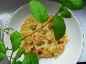Omlet serowy makaronowy