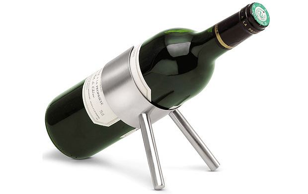 alkohol, gadżety, Alkohol: jak wyposażyć domowy barek, Stojak na wino, wino