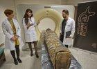 Zaglądanie w mumie