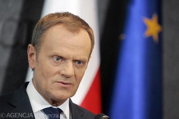 Donald Tusk 23.04.2014 r. przed odlotem do Brukseli