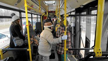 Warszawski autobus [zdjęcie ilustracyjne]