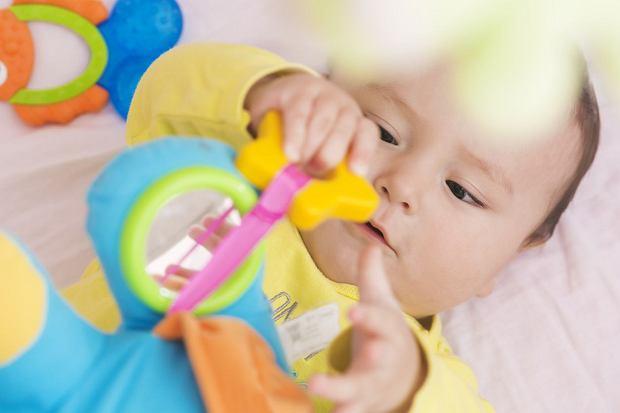 Zabawki dla niemowląt: jest w czym wybierać