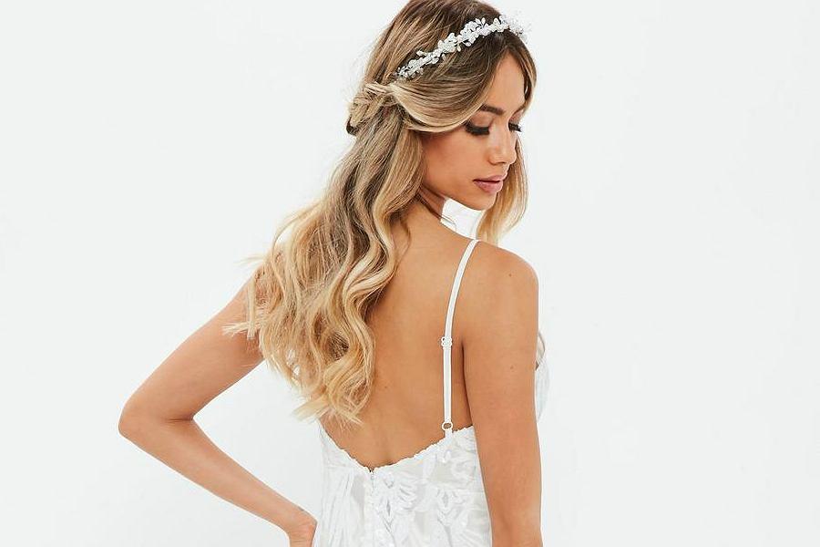 f33a481146 Kolekcja sukni ślubnych z... brytyjskiej sieciówki!