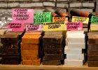 Czosnkowy szampon i pistacjowe myde�ko. Kosmetyki ze wschodu potrafi� zaskoczy�