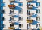 """Mieszkania w blokach to ci�gle polskie """"�rodowisko naturalne""""."""