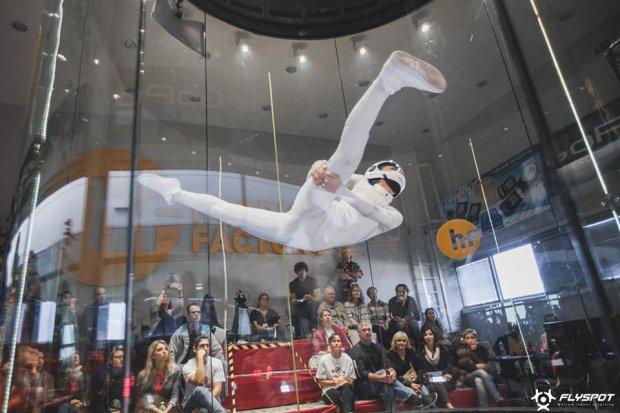 Zdjęcie numer 4 w galerii - Medale Polaków w I mistrzostwach świata w Indoor Skydivingu