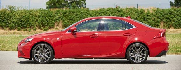 2015 Lexus IS 200t