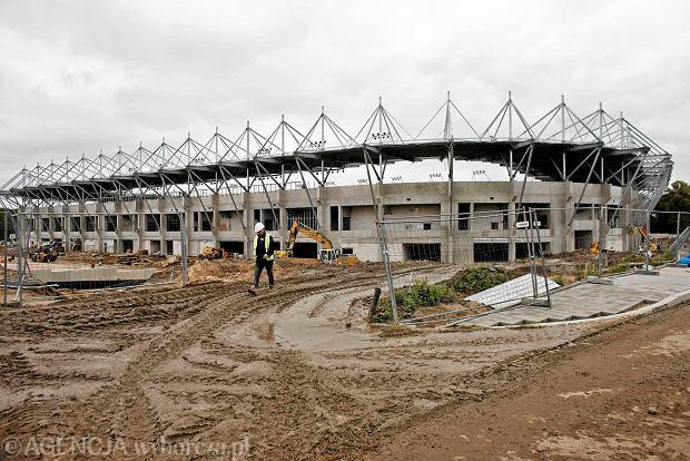 Zdjęcie numer 29 w galerii - Budowa stadionu Widzewa. Widać już napis