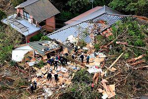 Tajfun Wipha uderzy� w Japoni�. 13 ofiar, setki samolot�w uziemione. Wichura idzie na Fukushim�