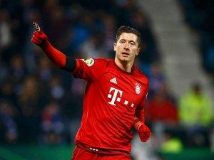 Gra ekstraklasa, Lewandowski w derbach Bawarii, hity w Premier League i Serie A