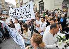 Marsz pami�ci po morderstwie na ul. Grodzkiej