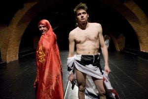 Rejterowa� nie wolno - m�wi re�yser spektaklu zdj�tego z afisza w Starym Teatrze