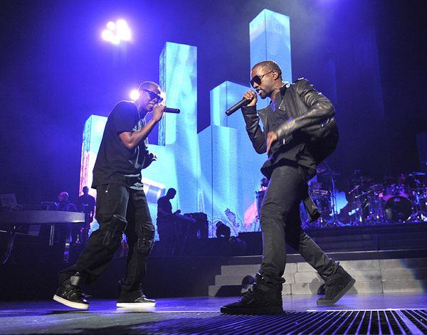 """Podczas trwania trasy """"Saint Pablo Tour"""" Kanye West przyznał się do relacji, jakie łączą go z Jay'em-Z. Artysta odniósł się nie tylko do wspólnej płyty, czy singla Drake'a, ale także do spraw osobistych pomiędzy nim, a współtwórcą """"Watch The Throne""""."""