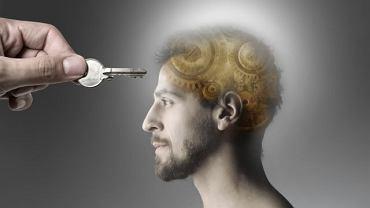 Dotarcie do myśli i emocji drugiego człowieka to wciąż spore wyzwanie dla medycyny. Psychiatrzy radzą sobie jednak znakomicie (i szybko) już z wieloma problemami natury psychicznej