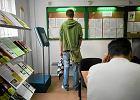 Bezrobocie znowu w d�. Eksperci studz� optymizm