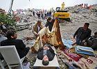 Turcja - 523 ofiary. W gruzach Ercis Kurdowie czekają na pomoc