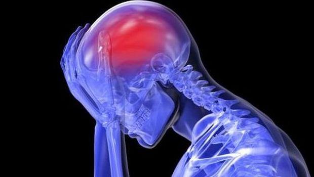 B�l g�owy mo�e by� spowodowany infekcj�, zm�czeniem czy brakiem snu. Jednak wyj�tkowo silny mo�e �wiadczy� o p�kni�ciu zab�jczego t�tniaka