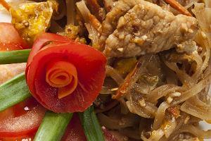 Makaron z wieprzowiną i warzywami