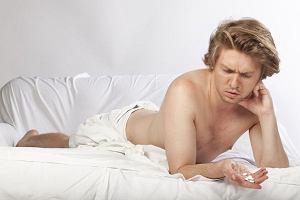 Mężczyzno, bierzesz dużo leków? Uważaj na zaburzenia erekcji!