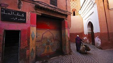 Zimową podróż do Maroka można zorganizować zarówno przez biuro podróży, jak i na własną rękę.