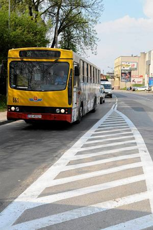 http://bi.gazeta.pl/im/5/11142/z11142945M,Kielce--Autobus-MPK.jpg