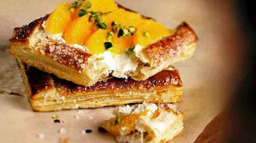 Ciasto francuskie z pomarańczami i pistacjami