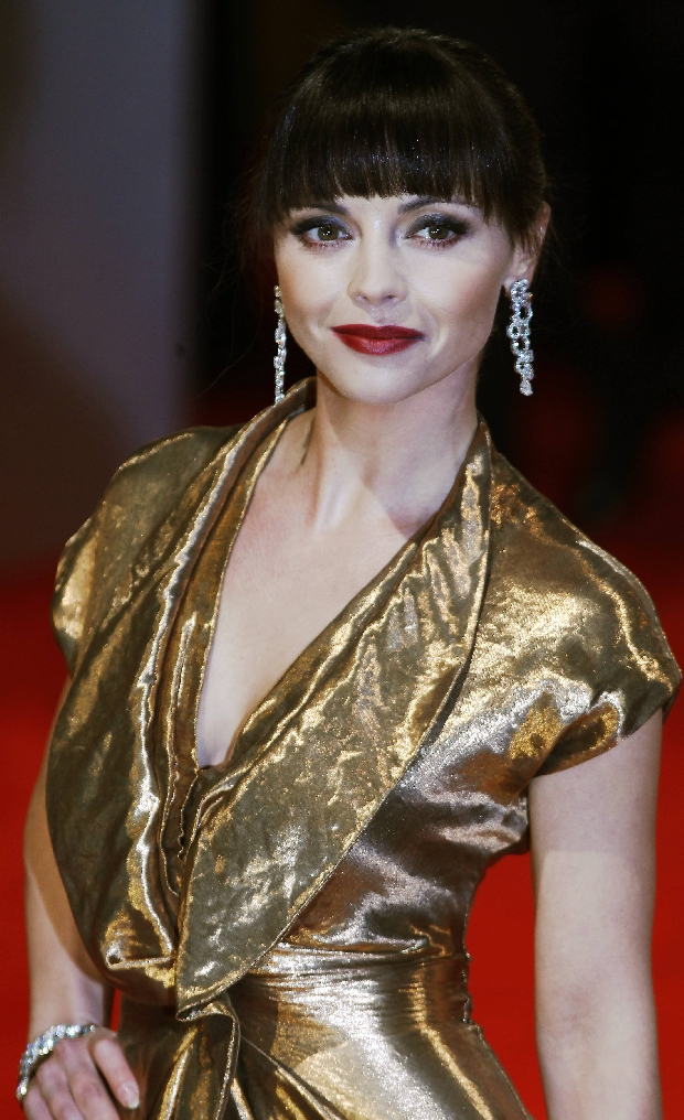 Actress Christina Ricci arrives for the British Academy of Film and Arts (BAFTA) awards ceremony at the Royal Opera House in London    February 12, 2012.    REUTERS/Luke MacGregor  (BRITAIN - Tags: ENTERTAINMENT)