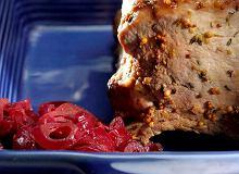 Pieczony schab z konfiturą z czerwonej cebuli - ugotuj